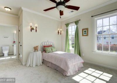 FA9611887 - Bedroom